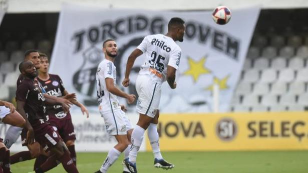 Em sua primeira partida entre os profissionais, Sabino marcou. Foto: Ivan Storti/Santos