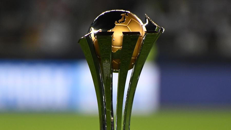 Troféu do Mundial de Clubes da Fifa. Foto: Etsuo Hara/Getty Images