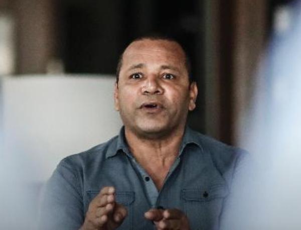 Em carta enviada ao UOL Esporte, Bueno detalhou o encontro que teve na residência da família Silva Santos