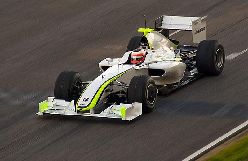 Após mais de quatro meses sem guiar um F1, brasileiro testou em Barcelona. Foto: Divulgação