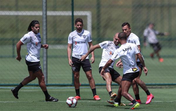 Atletas durante atividade na Cidade do Galo. Foto: Pedro Souza / Agência Galo / Clube Atlético Mineiro