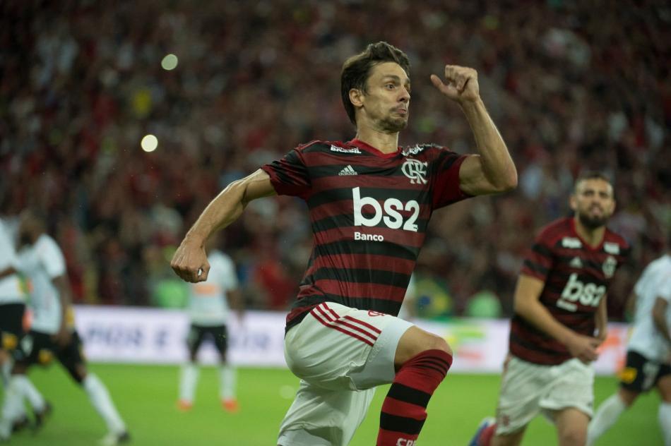 Zagueiro marcou o gol da classificação contra o Corinthians. Foto: Alexandre Vidal/Flamengo