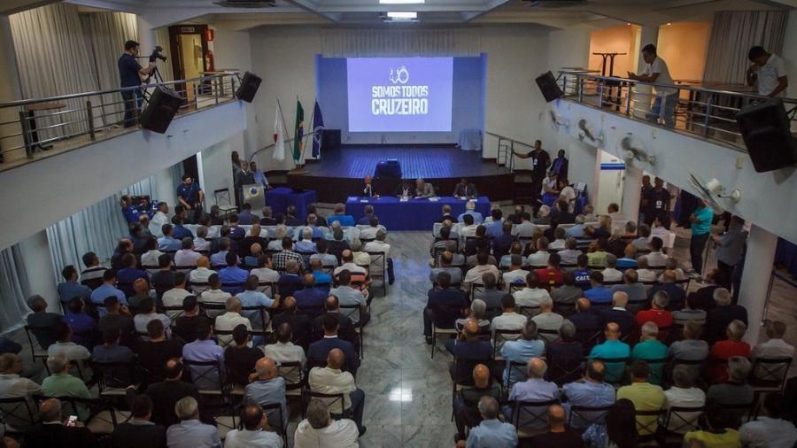 Operação da Polícia Federal prendem três conselheiros do Cruzeiro na manhã de hoje
