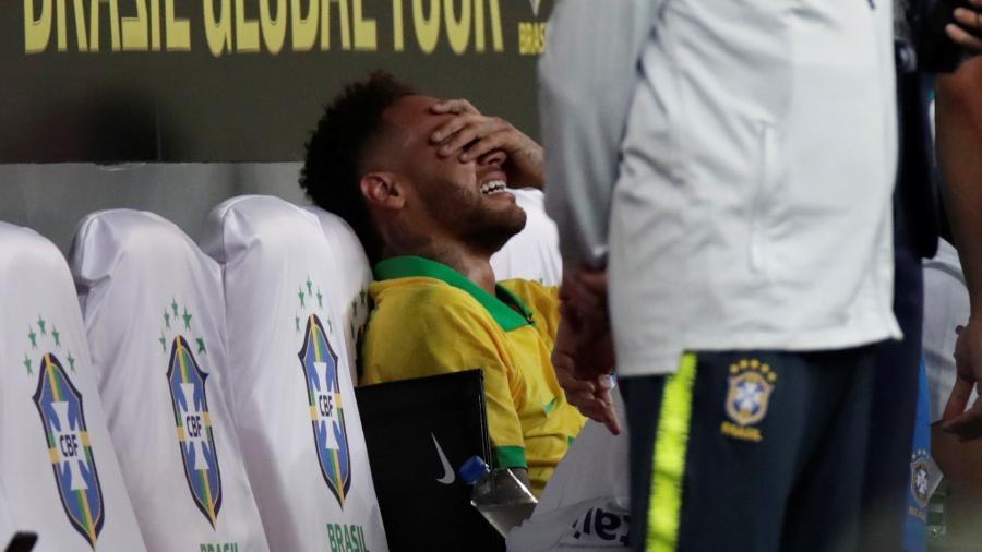 Jogador sofreu lesão no tornozelo direito. Foto: Ueslei Marcelino/Reuters/via UOL
