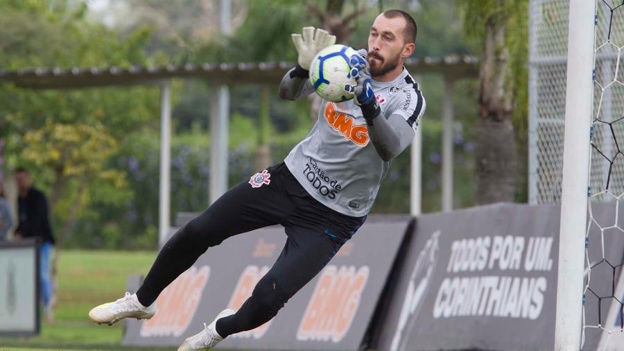 Perto do final de seu contrato, goleiro herda titularidade. Foto: Daniel Augusto Jr/Ag. Corinthians