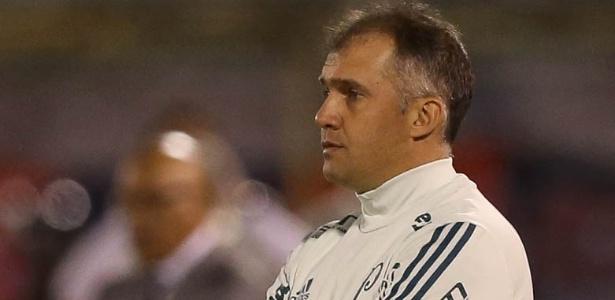 A derrota na Bolívia resultou no aumento da pressão sobre o treinador
