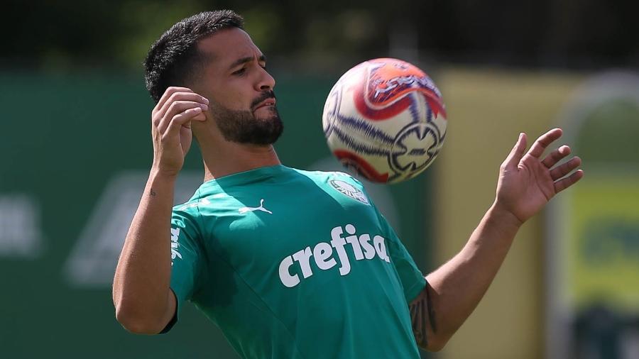 Luan segue como dúvida do Palmeiras para enfrentar o Athletico-PR