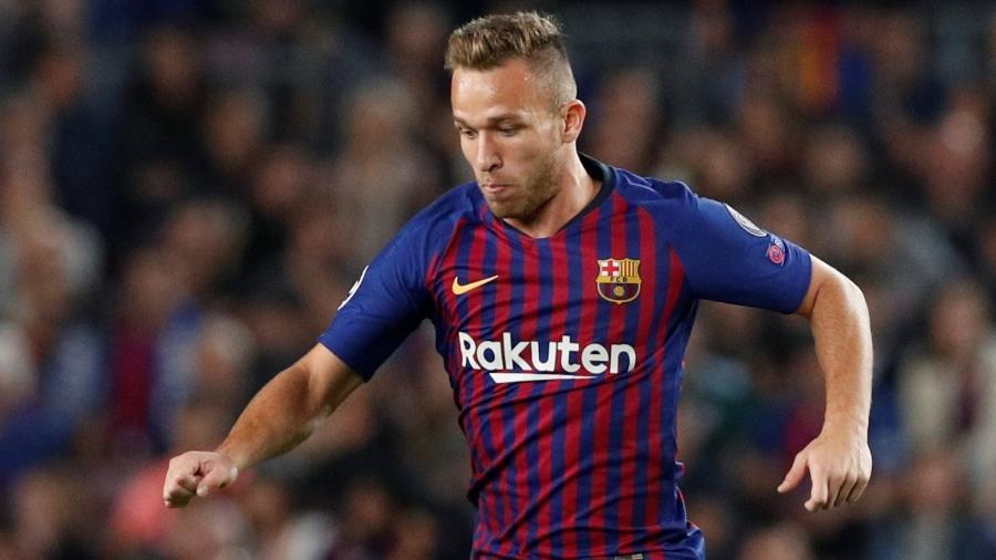 O rendimento físico afetou a produtividade de Arthur no meio de campo do Barcelona
