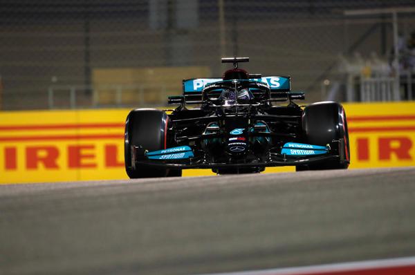 Corrida em Sakhir foi espetacular do começo ao fim. Foto: Mercedes-AMG F1