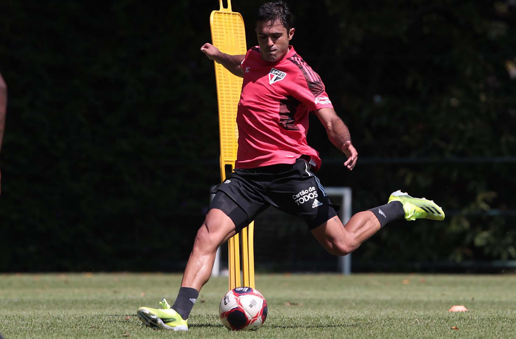 Novo atacante tricolor elogiou o trabalho de Crespo. Foto: Twitter/São Paulo