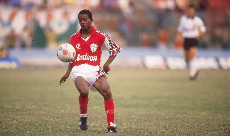 Revelado no Canindé, jogador era uma das maiores promessas do início dos anos 90. Foto: Divulgação