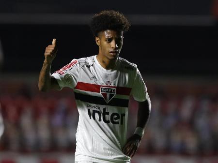 Tchê Tchê já trabalhou com o técnico Cuca. Foto: Rubens Chiri/São Paulo F.C