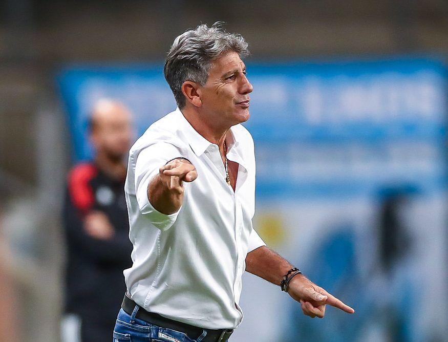 Treinador tricolor apresentou dores musculares e inflamação na garganta. Foto: Lucas Uebel/Grêmio FBPA