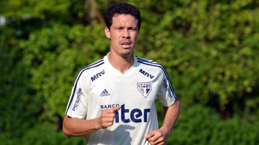 O time deve contar com o retorno de Hernanes, que na última semana viajou para a Itália