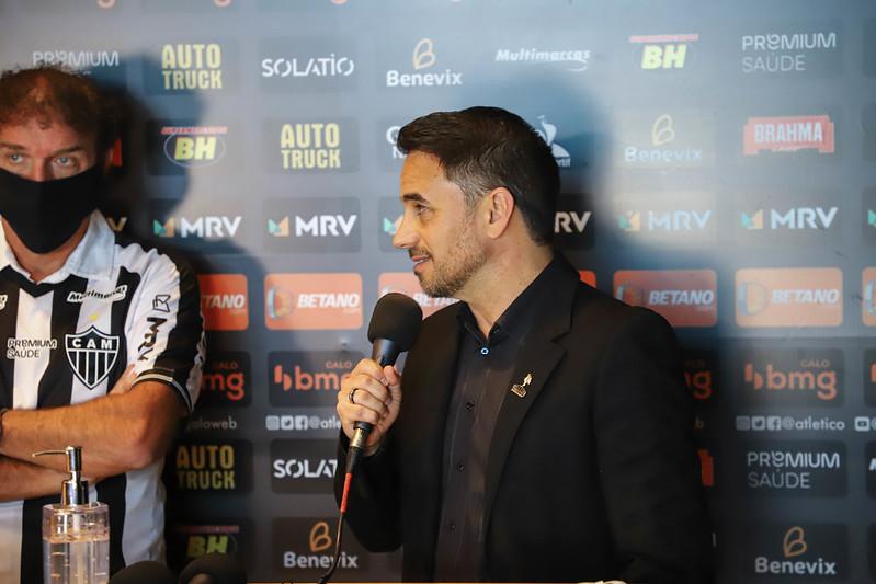 Dirigente atleticano não descartou negociar alguns atletas para abrir espaço para reforços. Foto: Pedro Souza/Atletico