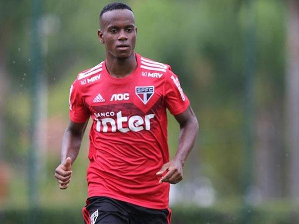 Clube de Bragança já sinalizou que efetuará a compra de Helinho. Foto: Rubens Chiri/saopaulofc.net