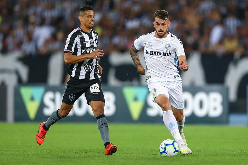 O Botafogo, por sua vez, se mantém na quarta posição