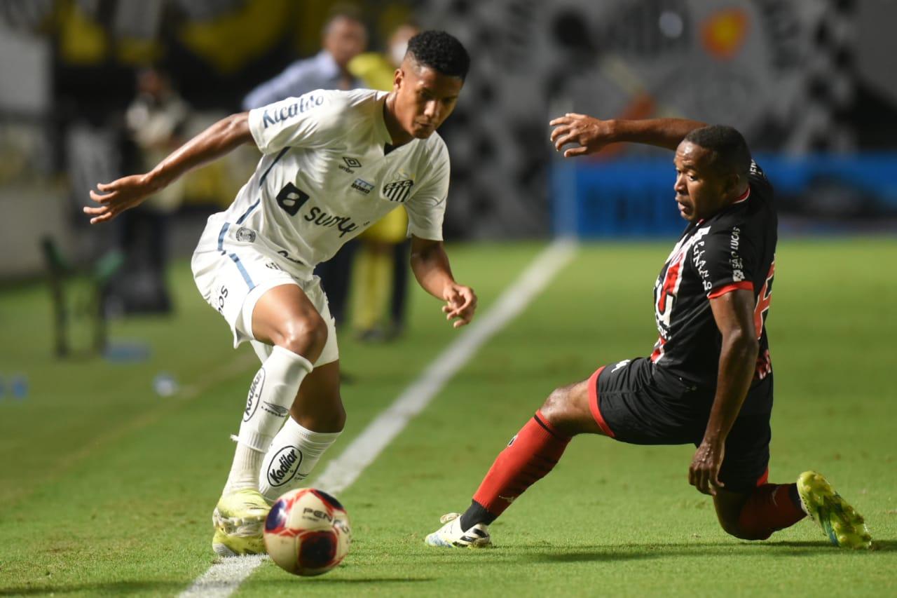 Peixe teve dificuldades para alcançar o gol diante do Bafo. Foto: Ivan Storti/Santos FC