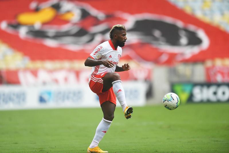 Lateral está emprestado pelo Flamengo até o final de maio. Foto: Ricardo Duarte