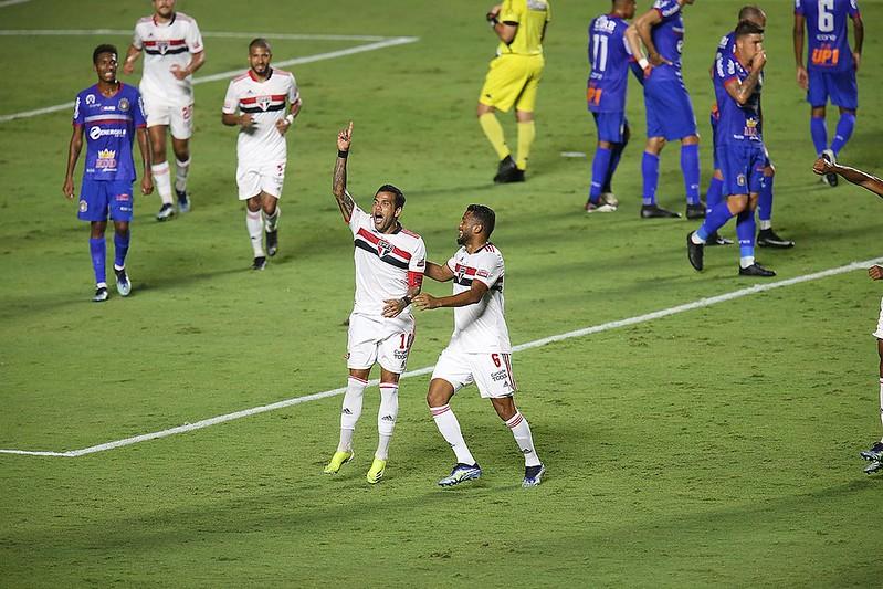 Camisa 10 tricolor disse ainda que no Brasil só joga no São Paulo. Foto: Paulo Pinto/saopaulofc.net