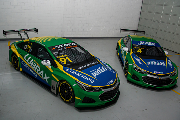Carros de Felipe Massa e Julio Campos. Foto: Divulgação/Lubrax Podium