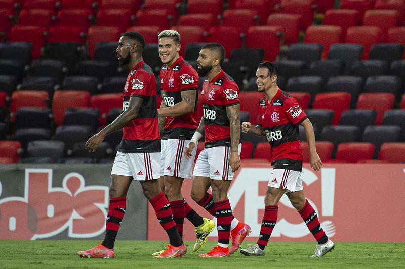 Vitória por 2 a 1 levou o Mengo aos 23 pontos, assegurando o título do primeiro turno. Foto: Alexandre Vidal/Flamengo