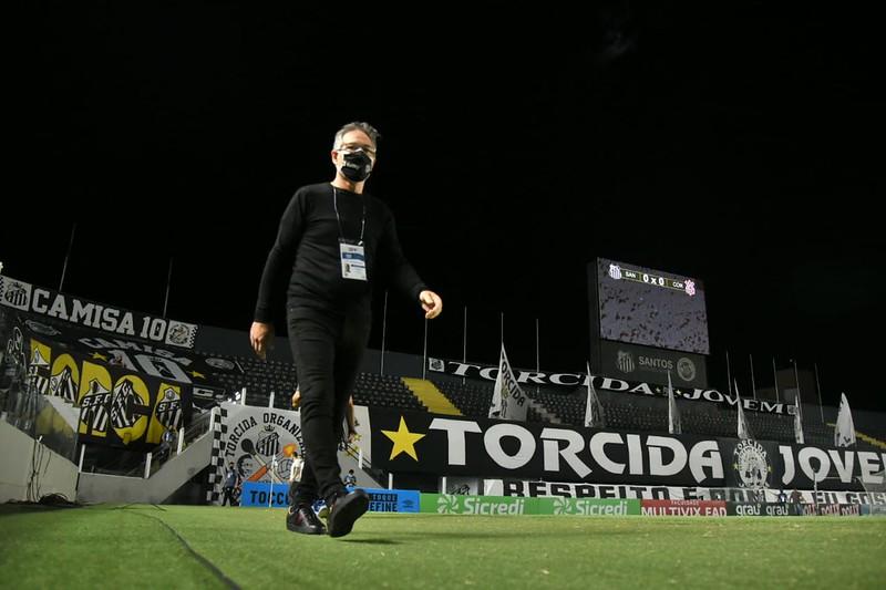 Treinador argentino deixa o Peixe com apenas 12 jogos. Foto: Ivan Stort/Santos FC