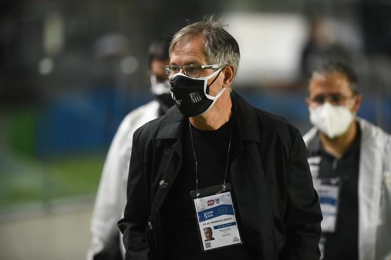 Próximo treinador santista deve ter ideias parecidas com as de Holan. Foto: Ivan Storti/Santos FC