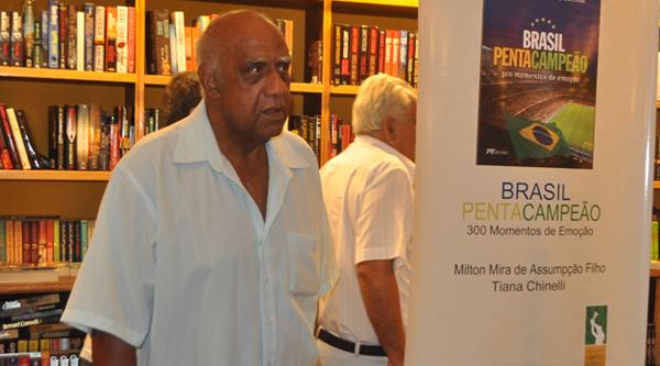 Ex-jogador do Santos participou do Domingo Esportivo Bandeirantes. Foto: Marcos Júnior/Portal TT