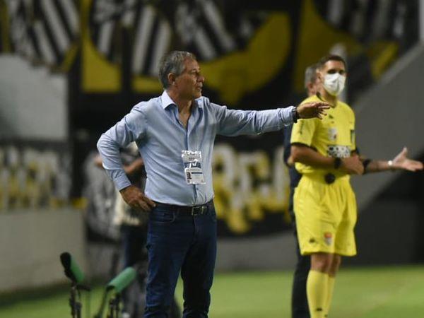 Ex-treinador do Peixe está na mira do Fortaleza. Foto: Ivan Storti/Santos FC