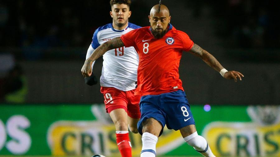 Arturo Vidal é um dos remanescentes da seleção bicampeã da Copa América. Foto: Andres Pina/Photosport Chile/AFP