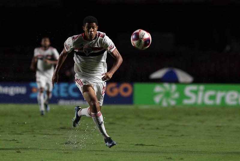 Meia-atacante Tricolor não joga desde 13 de março. Foto: Rubens Chiri/saopaulofc.net