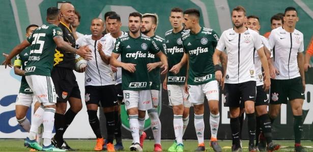 Depoimento do árbitro Marcelo Aparecido é um dos questionados pelo Palmeiras. Foto: THIAGO BERNARDES/FRAMEPHOTO/FRAMEPHOTO/ESTADÃO CONTEÚDO/Via UOL