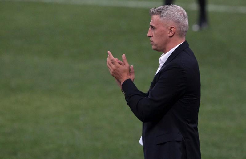 Torcida tricolor criticou a escalação de reservas diante do Corinthians. Foto: Rubens Chiri/soapulofc.net