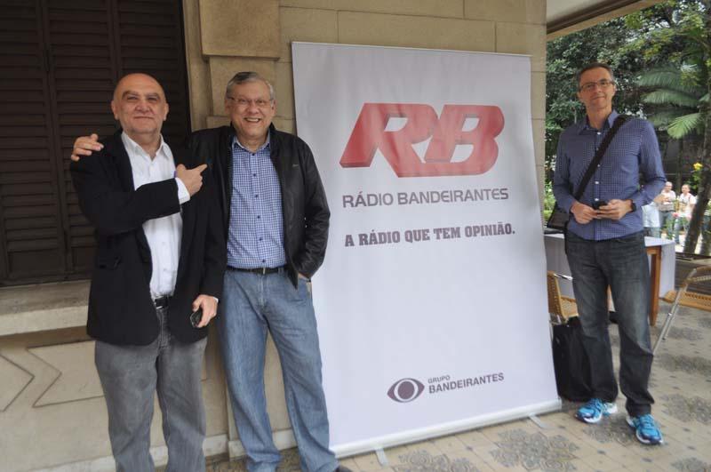 Emissora montou um estúdio no local para comemorar seu aniversário. Foto: Marcos Júnior Micheletti/Portal TT