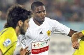 Camaronês anotou um dos gols no empate da sua equipe dentro de casa