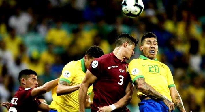 Seleção fica no 0 a 0 diante dos venezuelanos, tendo dois gols anulados pelo árbitro de vídeo