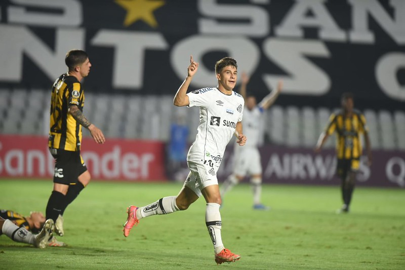 Gabriel Pirani destacou que os jogadores também não estão contentes com a situação da equipe. Foto: Ivan Storti/Santos FC