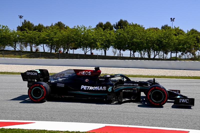 Com pneus melhores, britânico garantiu sua 98ª vitória na categoria. Foto: Mercedes-AMG Petronas F1