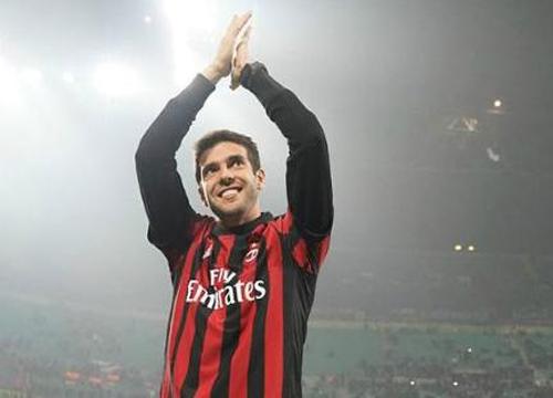 Ídolo do Milan, o ex-jogador brasileiro se aposentou no ano passado no Orlando City