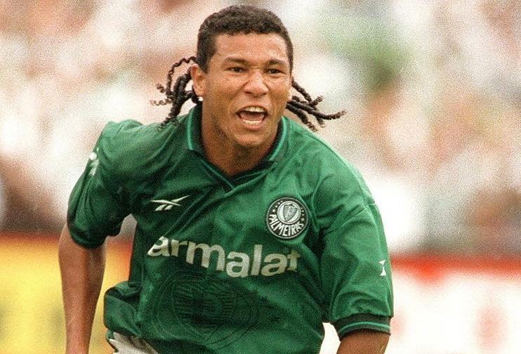 Atacante protagonizou um lance inesquecível no Paulistão de 1998. Veja o vídeo