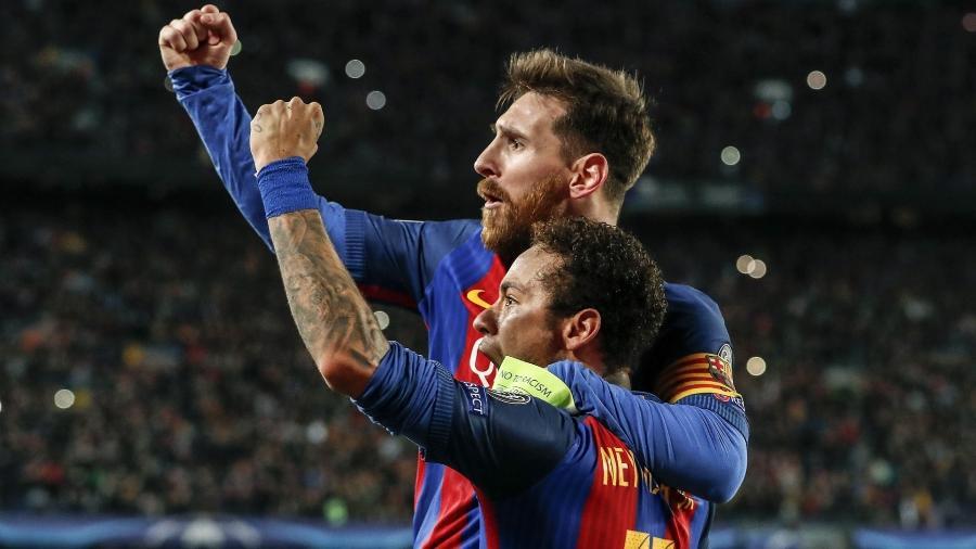 Messi e Neymar comemoram classificação do Barça contra o PSG em 2017. Foto: Xinhua/Hollandse-Hoogte/Zumapress