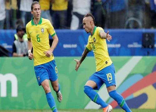 Depois de golear o Peru, a seleção segue para Porto Alegre. (Foto: Henry Romero)
