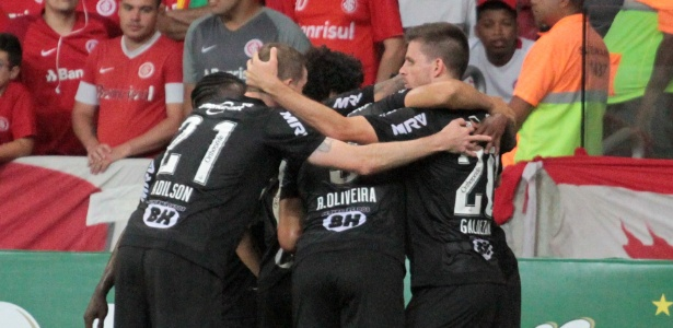 A penúltima rodada coloca os mineiros frente a frente com o Santos