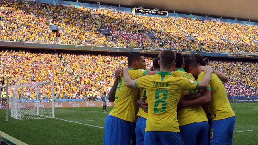Como já é de costume, seleção brasileira está no centro do mercado da bola. Foto: Thiago Calil/Agif