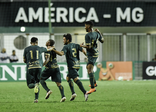 A equipe mineira venceu os cariocas por 1 a 0, pela 6ª rodada do Brasileiro