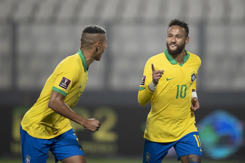 De volta ao time brasileiro, Neymar deve formar dupla com Gabigol no ataque. Foto: Lucas Figueiredo/CBF