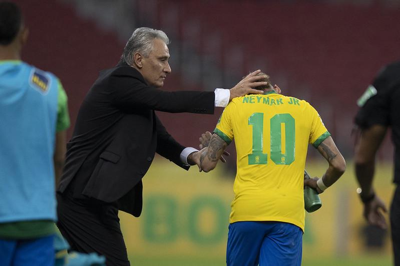 Treinador brasileiro destacou que a equipe se manifestará após partida contra o Paraguai. Foto: Lucas Figueiredo/CBF
