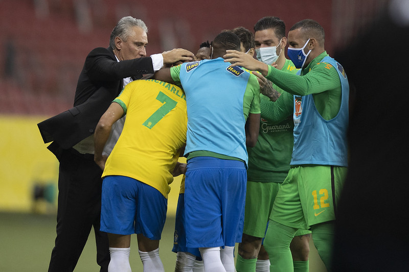 Treinador e jogadores da seleção vivem crise com Rogério Caboclo. Foto: Lucas Figueiredo/CBF