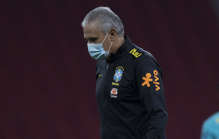 Despedido, Tite abriria espaço para a contratação de Renato Gaúcho, do grupo de seguidores do atual presidente do país. Foto: Lucas Figueiredo/CBF